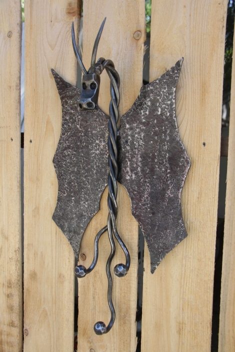 Dragon multi coat hook