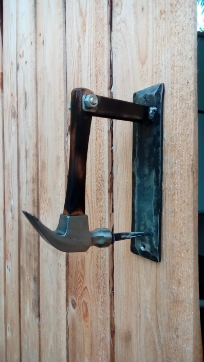 Hammer door knocker