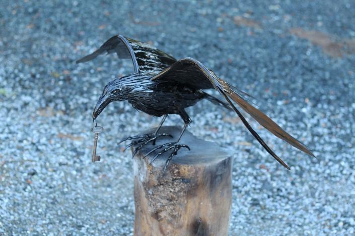 Life sized raven